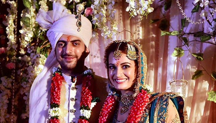 दीया मिर्जा ने अपने प्रेमी सलील सांगा से विवाह रचाया