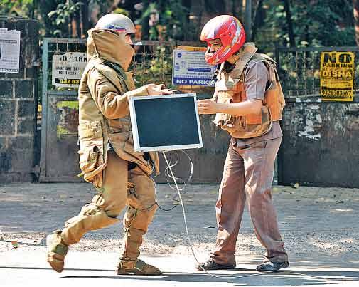 उत्तराखंड पुलिस और NSG कमांडो ने देहरादून में मॉक ड्रिल की