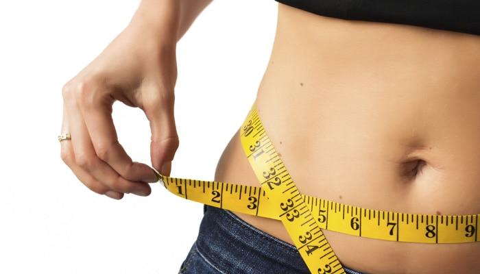 तोंद कम करने और सपाट पेट के लिए घर बैठे करें ये 7 आसान एक्सरसाइज