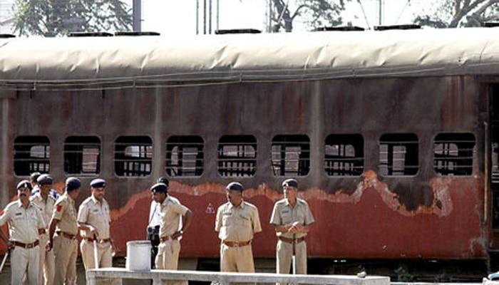 गोधरा कांड का मुख्य आरोपी फारुख भाणा 14 साल बाद गिरफ्तार, रची थी ट्रेन जलाने की साजिश
