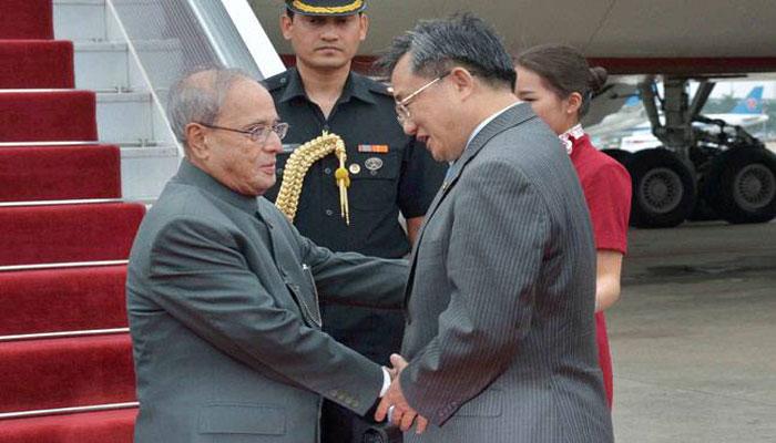 मतभेदों को कम करना भारत-चीन संबंधों का प्रमुख सिद्धांत: प्रणब
