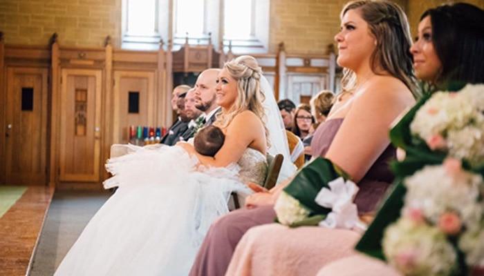 अपने शादी समारोह के दौरान बच्चे को स्तनपान कराती कनाडाई दुल्हन की तस्वीर हुई वायरल- यहां देखें