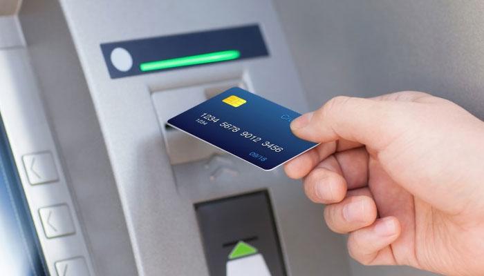 ATM से रुपया नहीं निकला, लेकिन अकाउंट से बैलेंस कट गया, जानें ऐसे में क्या करना चाहिए?