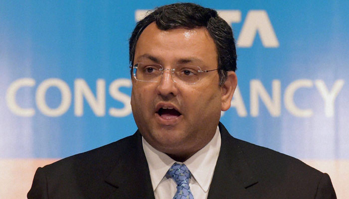 साइरस मिस्त्री ने टाटा समूह की सभी कंपनियों से इस्तीफा दिया