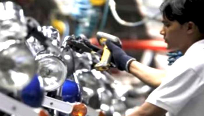 बीते साल देश से वाहनों का निर्यात पांच प्रतिशत घटा