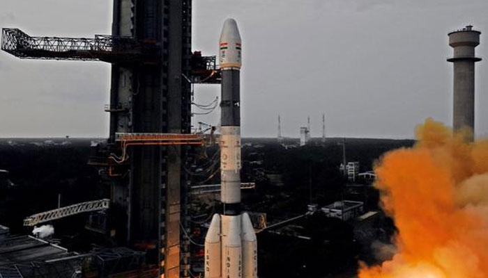 इसरो के 104 उपग्रहों के प्रक्षेपण के लिए 28 घंटे की उल्टी गिनती शुरू