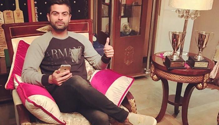 इस पाकिस्तानी क्रिकेटर को फैंस ने किया ट्रोल, पूछा- कोहली की नकल करना कब छोड़ोगे