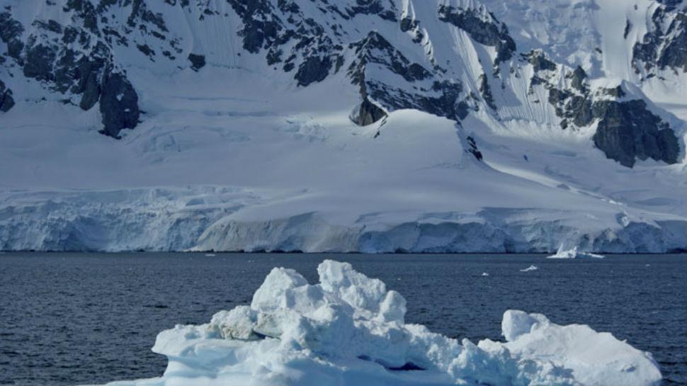 अंटार्कटिका की गर्म गुफाओं में हो सकता है एक नया जीव जगत
