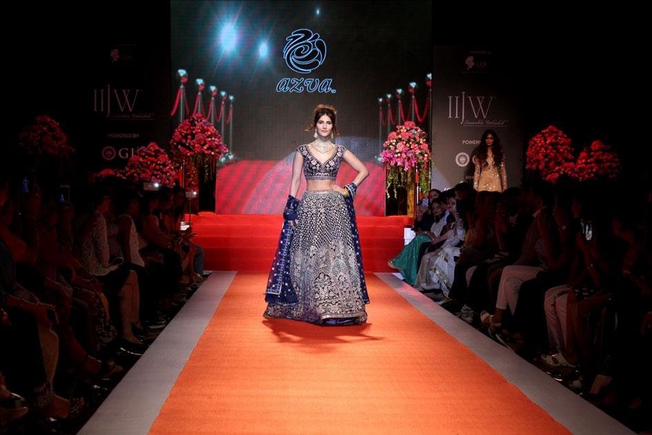 Actress Vaani Kapoor during the 7th edition of India International Jewelry Week (IIJW 2017) in Mumbai.