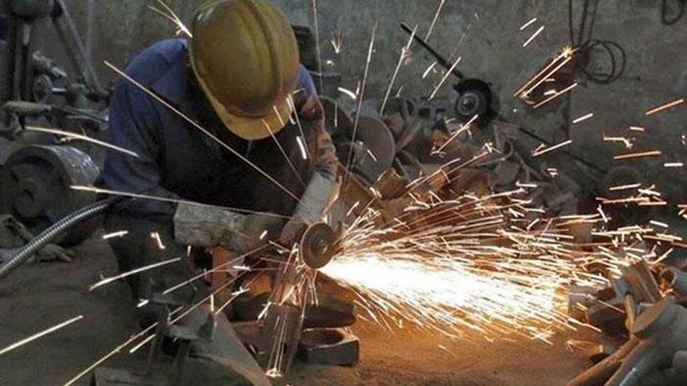 कारोबार सुगमता में भारत की लंबी छलांग, रैंकिंग में 142 से 100वें स्थान पर पहुंचा