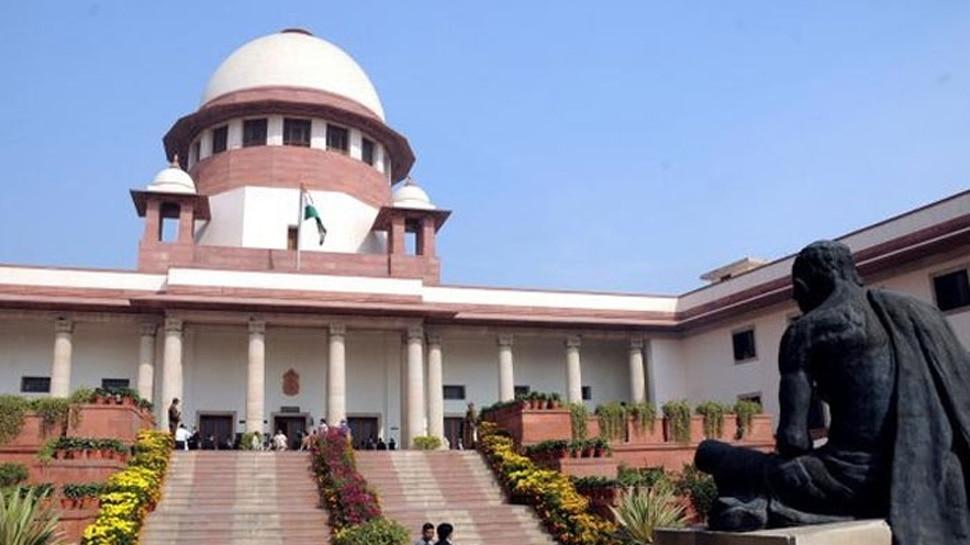 CJI ने भ्रष्टाचार मामले में पलटा 2 जजों की बेंच का फैसला, प्रशांत भूषण से हुई तीखी बहस