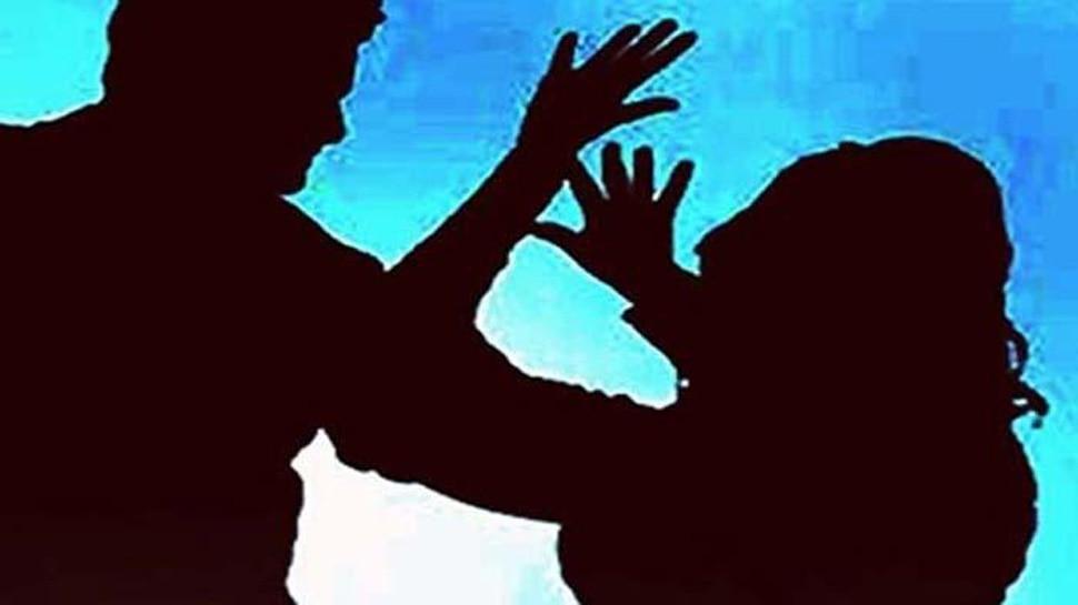 दिल्ली : 65 साल की महिला से रेप के आरोप में नाबालिग पकड़ा गया
