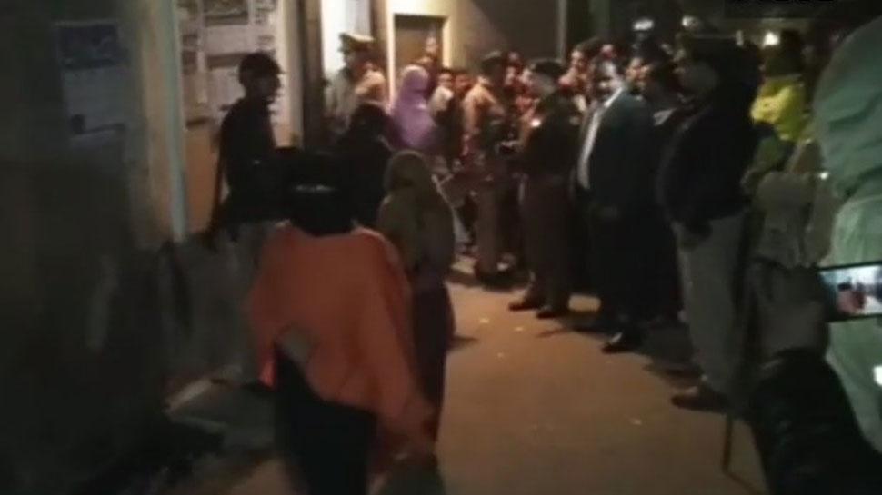 मदरसे में होता था यौन शोषण, पुलिस ने छापा मार 51 लड़कियों को छुड़ाया
