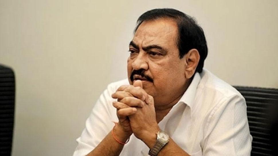 भाजपा नेता एकनाथ खड़से मानहानि मामले में अंजलि दमानिया के खिलाफ वारंट
