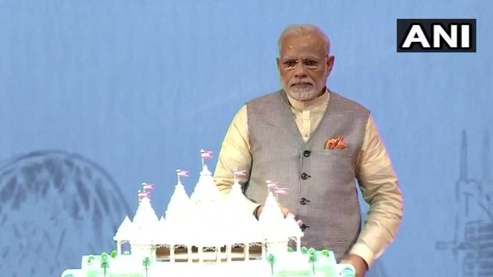 पीएम नरेंद्र मोदी ने रखी अबू धाबी के पहले हिन्दू मंदिर की आधारशिला