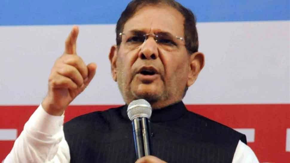 पूर्व जेडीयू नेता शरद यादव ने कहा, 'देश में अघोषित आपातकाल की स्थिति है'