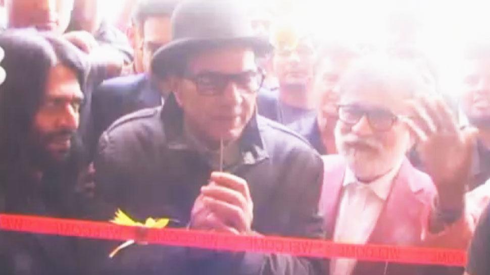 VIDEO: मुरथल में इंडिया के एक्शन हीरो धर्मेंद्र ने खोला ढाबा, नाम रखा 'गरम धरम'