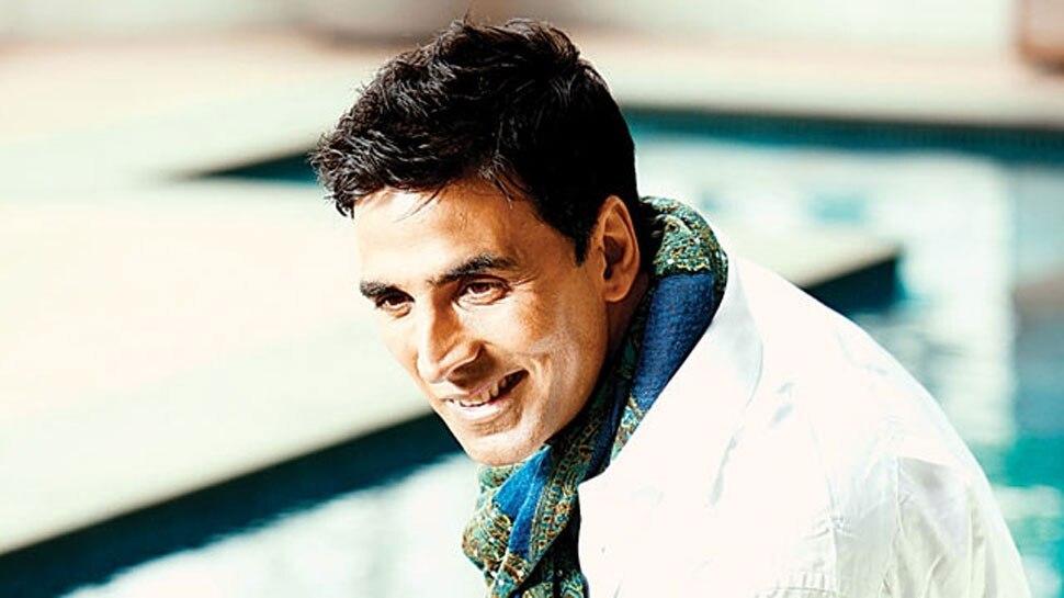 लाल किले पर क्रिकेट खेला करते थे अक्षय कुमार और...