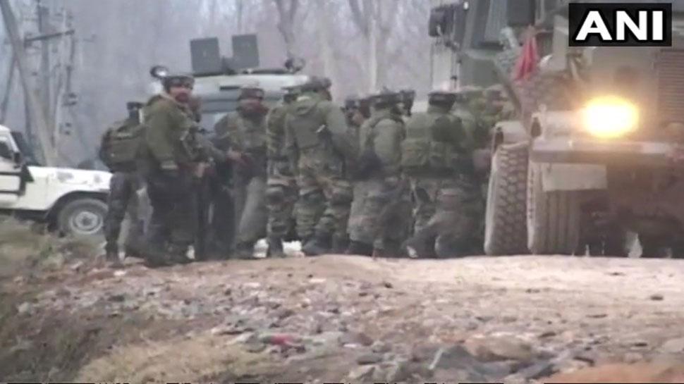 J&K: बांदीपुरा में सुरक्षाबलों ने एनकाउंटर में आतंकी को मार गिराया, मुठभेड़ जारी