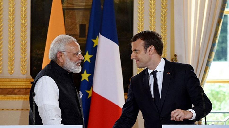 जापान के पीएम के बाद अब फ्रांस के राष्ट्रपति पीएम मोदी के साथ घूमेंगे गंगा के घाट