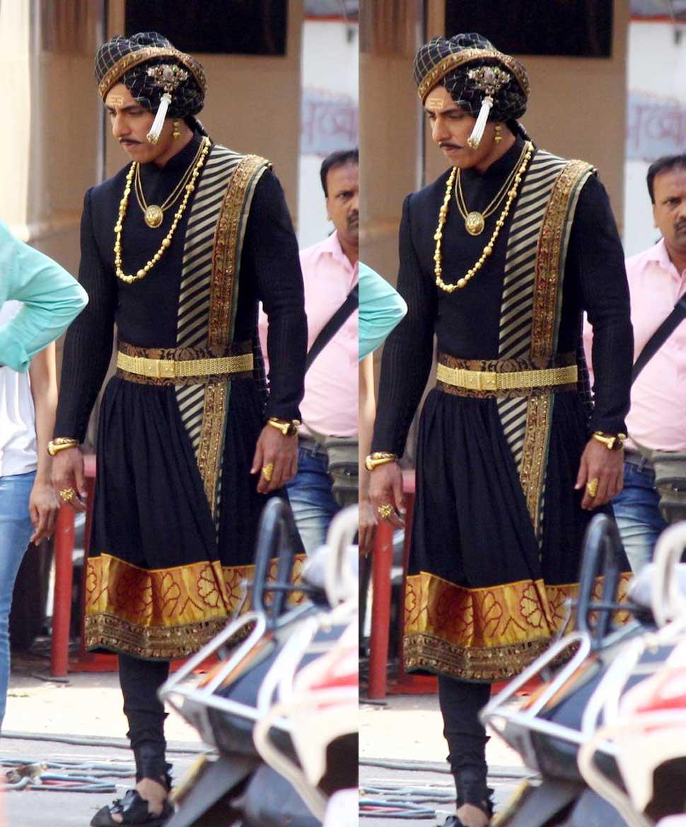 FIRST LOOK: Sonu Sood Look From Kangana Ranuat Film Manikarnika