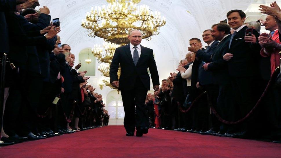 रूस: पुतिन ने चौथी बार संभाली राष्ट्रपति पद की कमान, दुनिया को दिखाई ताकत