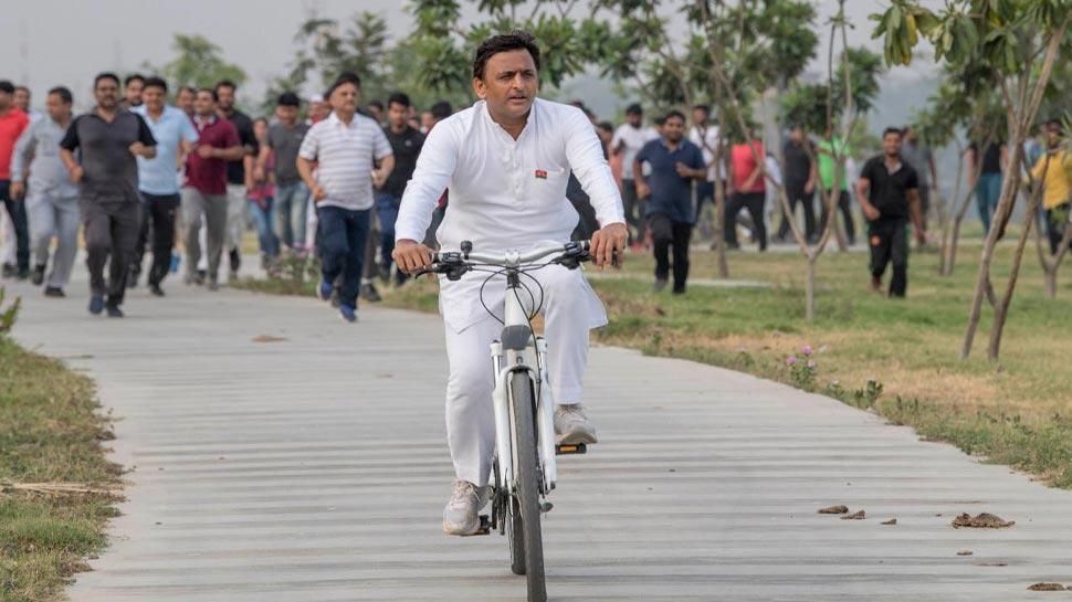 PM मोदी को हराने के लिए इतनी बड़ी कुर्बानी देने को तैयार हैं अखिलेश