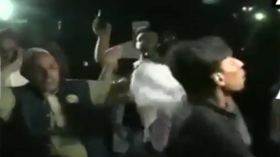 VIDEO : पाकिस्तान में सेना और ISI के खिलाफ बढ़ा गुस्सा, मुख्यालय के सामने लगे मुर्दाबाद के नारे