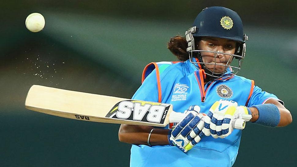 हरमनप्रीत ने खेली तूफानी पारी, धोनी 'स्टाइल' में दिलाई टीम को जीत