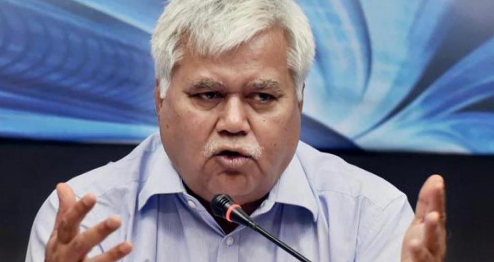 आधार कार्ड विवाद के बाद ट्राई चेयरमैन आरएस शर्मा का कार्यकाल 2 साल के बढ़ा
