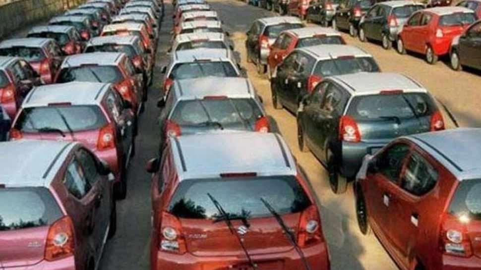 जुलाई में यात्री वाहनों की घरेलू बिक्री 2.71 प्रतिशत की गिरावट