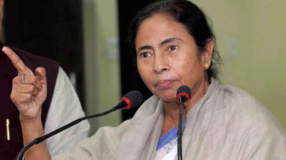 ममता ने बताया BJP को 'बंगाली विरोधी', पूछा क्या बांग्लादेश की 'मिष्टी दोई' भी शरणार्थी है
