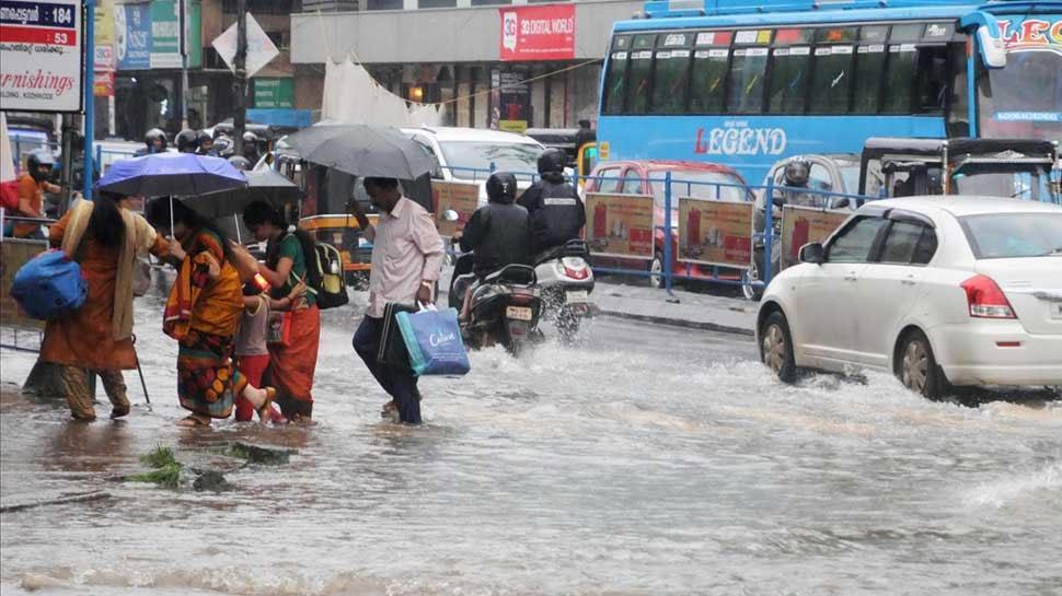 केरल बाढ़ पीड़ितों की मदद करने पर आपको मिलेंगी ये 5 बड़ी रियायतें