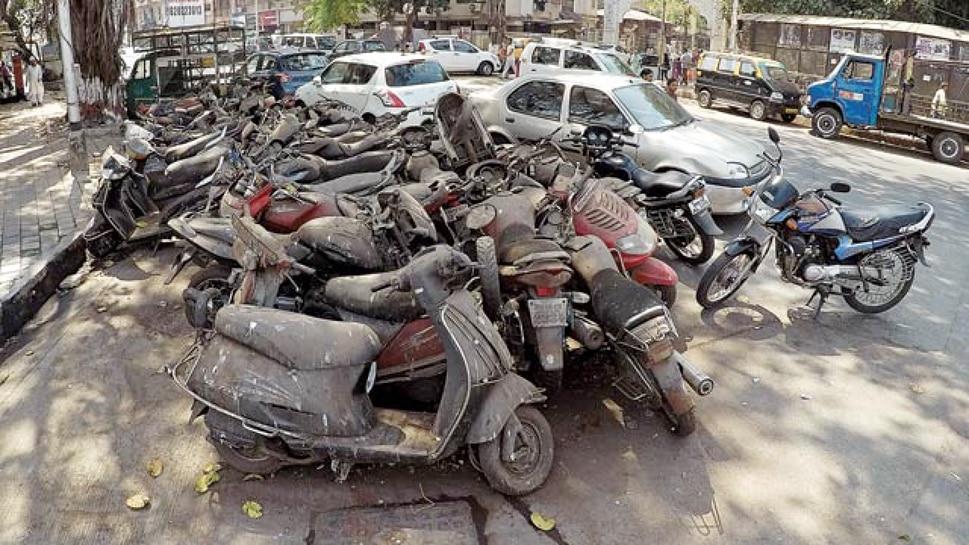 दिल्ली में इतनी साल पुरानी गाड़ियां बन जाएंगी कबाड़, सरकार ने जारी की गाइडलाइन