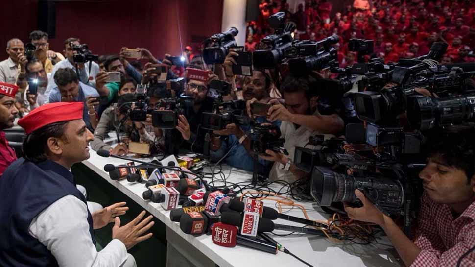 अखिलेश ने साधा BJP पर निशाना कहा- 'समय आ रहा है जनता देगी जवाब'