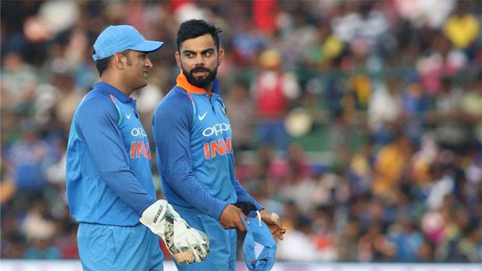 महेंद्र सिंह धोनी ने खोला राज, बताया- विराट कोहली के लिए छोड़ी थी कप्तानी