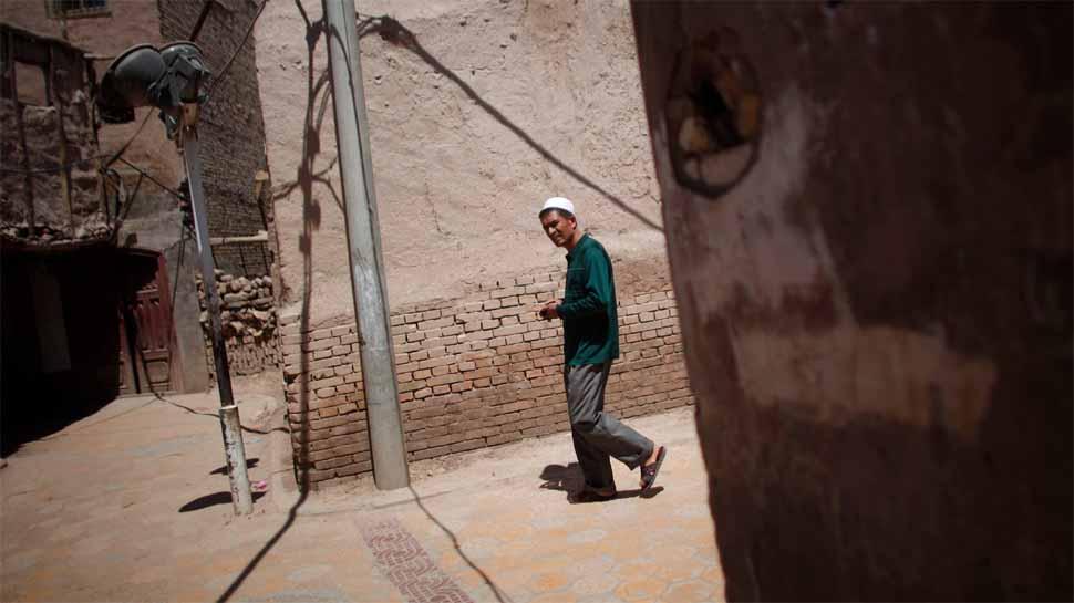 चीन में गायब हैं 10 लाख मुस्लिम, मुसलमानों के घर के बाहर लगाए क्यूआर कोड