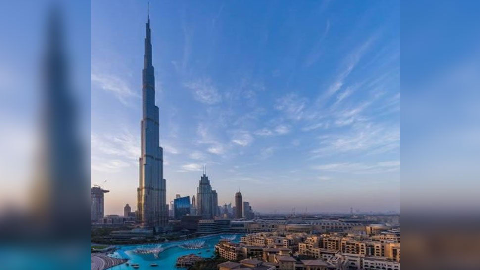 world's tallest building burj khalifa in dubai