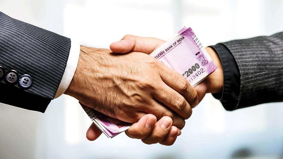मोदी सरकार के कैबिनेट मंत्री ने की शिकायत- लोन नहीं दे रहे हैं बैंक