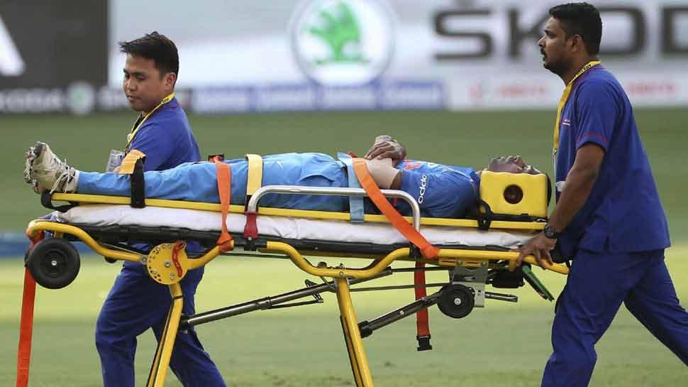 Asia Cup 2018:  हार्दिक पांड्या को चोट लगी, स्ट्रेचर पर मैदान से बाहर ले जाए गए, खेलना तय नहीं