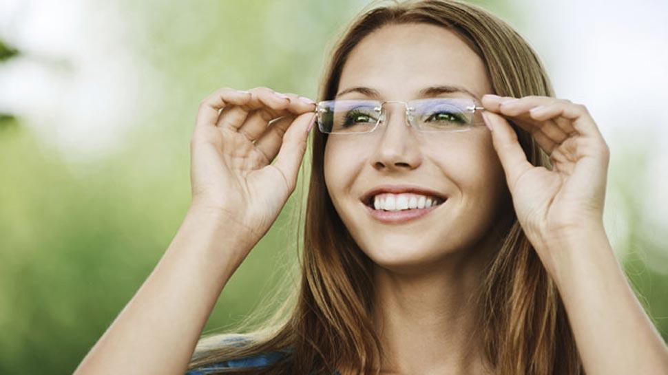 कॉन्टेक्ट लेंस पहनने वालों के लिए खतरा, संक्रमण से हो सकता है अंधापन