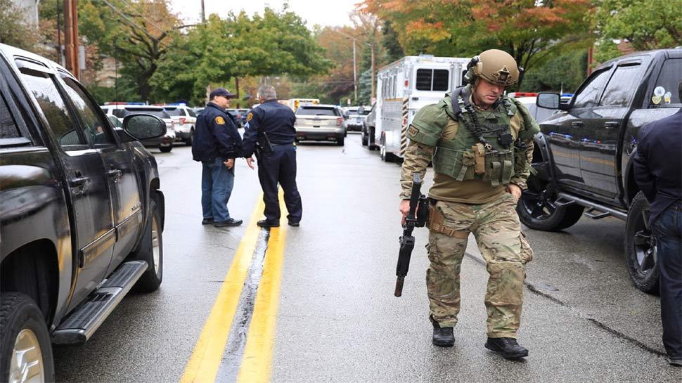 अमेरिका के पिट्सबर्ग में यहूदियों के एक प्रार्थना स्थल पर गोलीबारी, 8 की मौत