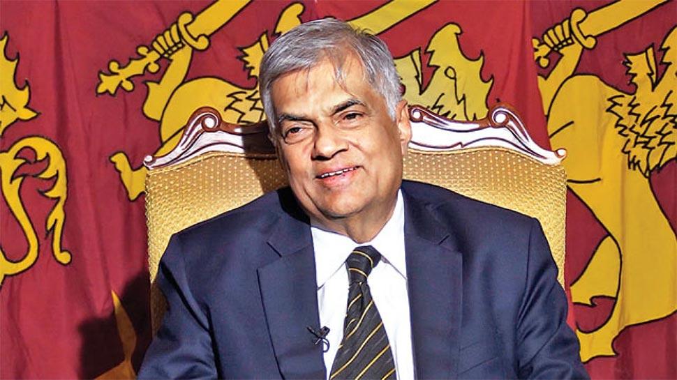 श्रीलंका में 2 प्रधानमंत्री, राष्'€à¤Ÿà¥à¤°à¤ªà¤¤à¤¿'€ ने राजपक्षे को बनाया तो संसद के स्'€à¤ªà¥€à¤•à¤° ने रानिलसिंघे को PM बताया