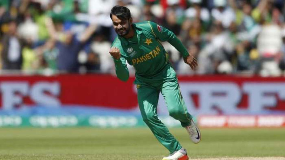 एक फ्रेम में आए भारत-पाकिस्तान के खिलाड़ी, पाक क्रिकेटर ने कहा- शांति और प्रेम की तस्वीर