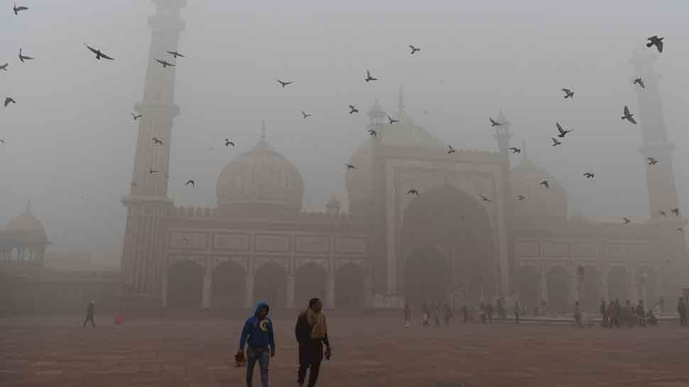 लगातार जहरीली हो रही है दिल्ली की हवा, बेहद चौंकाने वाली है रिपोर्ट