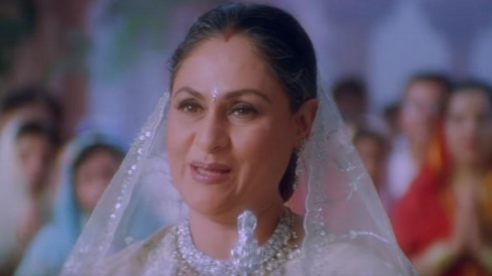 बॉलीवुड के ये 5 गाने बनाते हैं दीपावली को और खास, इनके साथ आप भी कहिए 'हैप्पी दीवाली'