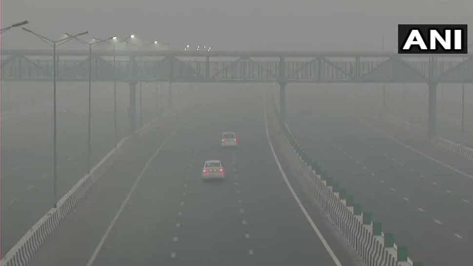 दिवाली के अगले दिन दमघोंटू प्रदूषण के सामने धूप भी फेल, विजिबिलिटी 3 मीटर से भी कम