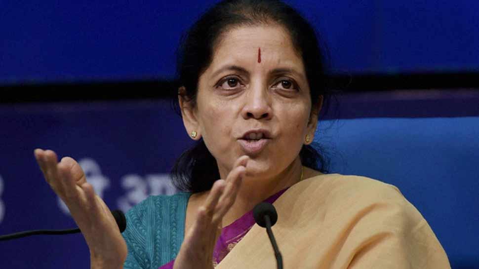 रक्षा मंत्री सीतारमण बोलीं, 'भारत-चीन के बीच मतभेदों को विवाद नहीं बनने देना चाहिए'