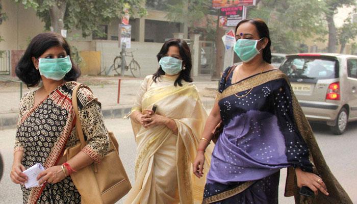 नहीं दुरुस्त हो रही दिल्ली की हवा, आज भी 'बेहद खराब' हैं हालात