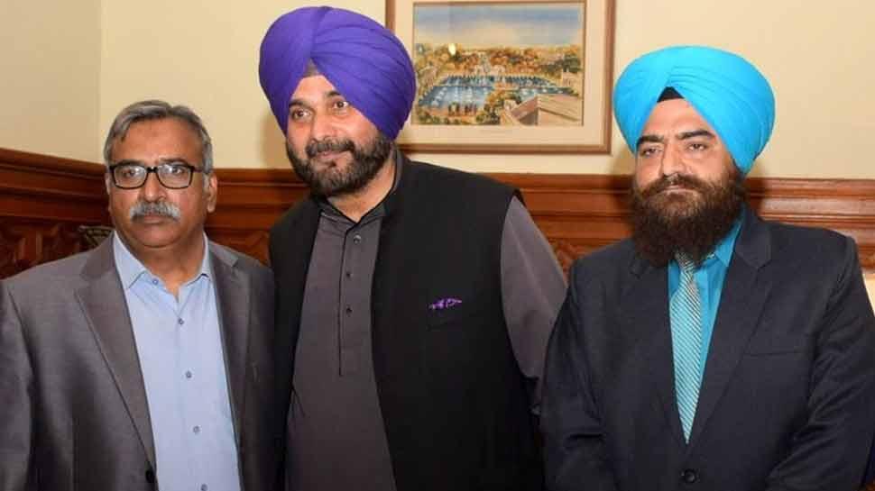खालिस्तान समर्थक गोपाल चावला ने सिद्धू के साथ शेयर की तस्वीर, अगली पोस्ट में लिखा- 'पाकिस्तान जिंदाबाद'